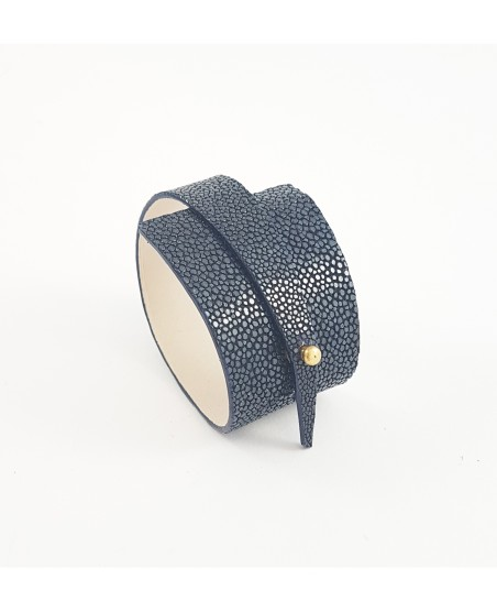 Bracelet galuchat bleu marine