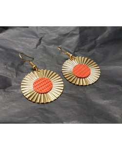 boucles d'oreille plaquée or avec ornement lézard orange